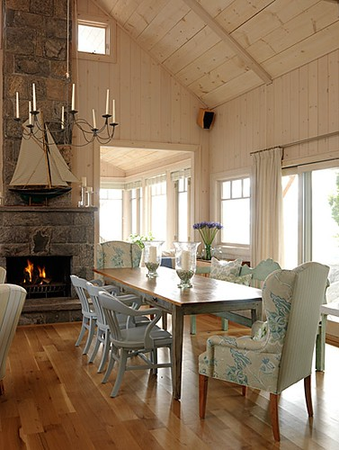 sarahs-cottage-dining-room-image1