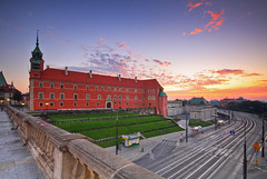 sunrise in the city (Qba from Poland / qmphotostudio) Tags: light sky colors clouds sunrise canon poland polska warsaw oldtown hdr warszawa qba royalcastle staremiasto zamekkrlewski trasawz 5xp theroyalcastle platinumheartaward platinumpeaceaward qbafrompoland