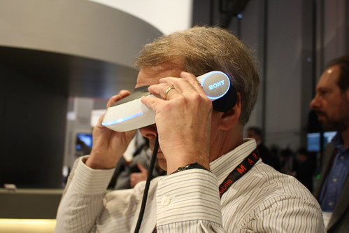 Sony 3D Head Mounted OLED Display at CES-2011