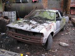 NOVEMBER 1984 FORD P100 1600cc B690MNR (Midlands Vehicle Photographer.) Tags: november ford 1984 p100 1600cc b690mnr