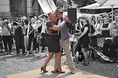 Tango is a dance for all ages! (strawberrylee) Tags: argentina dance buenosaires couple feria fair tango streetperformer streetfair santelmo oldercouple