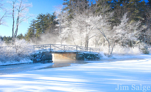 Fridgid Bridge on Chocorua Lake