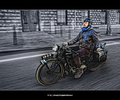 Old School Biker (iPh4n70M) Tags: old paris france cars bike photography photo nikon photographer photographie walk vehicles motorbike photograph tc moto photowalk motorcycle nikkor bp panning hdr ballade ancienne balade ballades fil photographe parisienne motocyclette parisien balades mortor vhicule 1xp 1raw vlomoteur 1424mm d7000 tcphotography ph4n70m iph4n70m tcphotographie