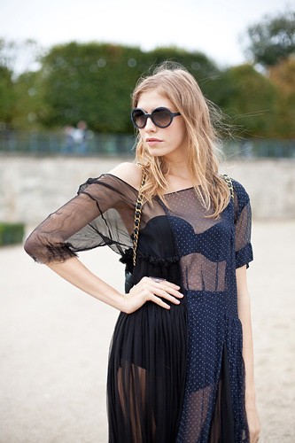 21-paris-fashion-week-street-style-sheer