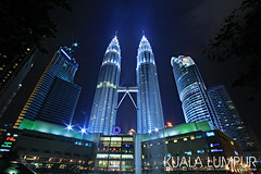 Photo Walk | KLCC Petronas Twin Tower (esharkj) Tags: nightphotography building canon landscape eos petronas photowalk kualalumpur hdr klcc 1022 twintower kltower mahathir petronastower nightshooting malaysiaarchitecture benrotripod surialkcc