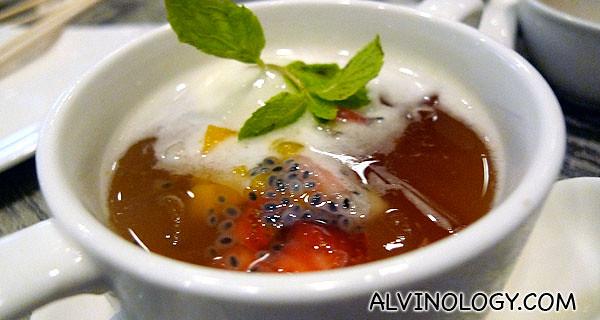 甜品~ 万紫千红芦荟冻