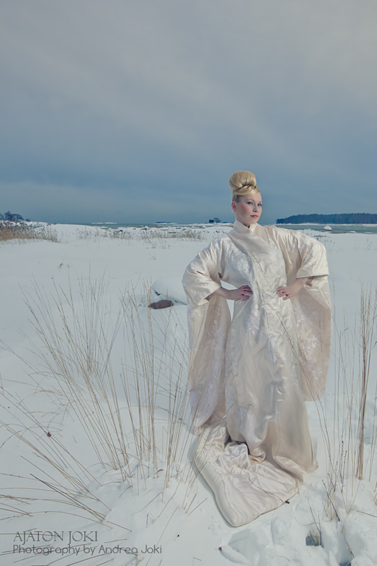 Heidi Moijanen shoot on Baltic sea outside of Helsinki wearing a vintage wedding kimono