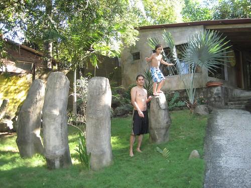 tekuani kal playa tunco family friendly beachfront hotel el salvador entrance