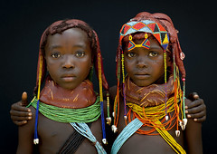 Two Mumuhuilas little girls - Angola (Eric Lafforgue) Tags: africa girls friends cute tourism kids youth standing children person necklace beads child african culture tribal ornament innocence tribes blackpeople braids tradition tribe jewels ethnic colliers twopeople humanbeing cultura tribo necklaces colorphoto angola ethnology tribu tourismo herero etnia 3665 tnico tarditional etnias angolan ethnie hereros  mumuila  muhuila  suldeangola mumuhuila mwila      muwila muhuilas southangola