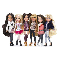 Bratz Express It! (Fashion_Luva) Tags: it collection jade ciara daphne sasha express yasmin rina bratz cloe 2011 mgae
