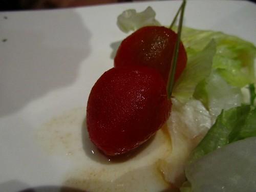 環球-咖哩匠-前菜-冰釀蕃茄-近觀.jpg