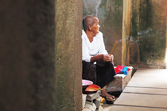 old lady at Ta Prohm (Edvard Tam) Tags: travel vacation holiday cambodia siemreap taprohm