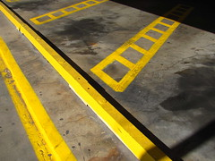 Street Art (Robert Saucier) Tags: street shadow arizona usa streetart art fall phoenix yellow jaune automne pavement ombre rue img5354 virtualschoolsymposium