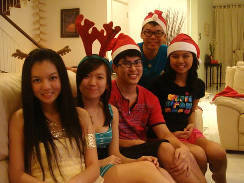 Chee Li Kee,Lily,Chern Jung,Wen Jie and Carmen