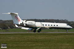 VP-BSJ - 555 - Private - Gulfstream V - Luton - 100422 - Steven Gray - IMG_0276