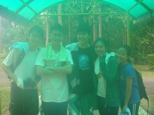 Wei Lon,Chern Jung,Calvin,Chee Li Kee and Shi Ning