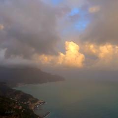 sun setting over the Amalfi Coast (jjamv) Tags: italy atardecer zonsondergang italia tramonto amalficoast sonnenuntergang unesco pôrdosol 100views 400views 300views 200views 500views amalfi puestadelsol costieraamalfitana 30faves 10faves 20faves 40faves 100comments 200comments 400comments 300comments 100commentgroup mygearandmepremium jjamv juliusvloothuis