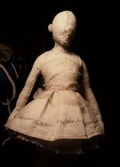New Doll in the workshop. Nueva mueca en taller. (Valeria Dalmon) Tags: art teatro doll theatre handmade fine arts escultura valeria artes charge muecas sculpturs plasticas pupetts dalmon costun