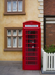 Red Telephone Box (Ray Horwath) Tags: 50mm epcot nikon telephone disney disneyworld nikkor wdw waltdisneyworld telephonebooths phonebooths worldshowcase nikkorlens horwath niftyfifty unitedkingdompavilion d700 nikkor50mmf14lens disneyphotos rayhorwath mygearandmepremium