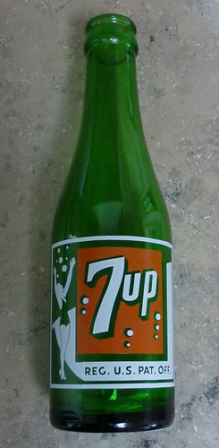 old 7-up bottle