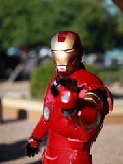 Home Made Iron Man 2011 Amazing Arizona ComicCon (gbrummett) Tags: arizona eos mark 85mm ironman ii 5d usm ef f12l cameragrant brummettcanon 2011amazingarizonacomicconvention aaronforrester lensmesa comicconcomiconcanon