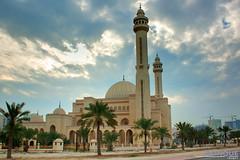 The Grand Mosque (Al Fateh Mosque) (justDONQUE.images) Tags: street building tower church palms worship place minaret structures holy dome onion archs cresent grandmosque alfatehmosque architectrue kingdomofbahrain dunzki