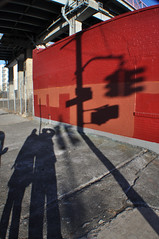 (Laser Burners) Tags: nyc newyorkcity bridge brooklyn shadows buff williamsburg stoplight goldenhour citynoise
