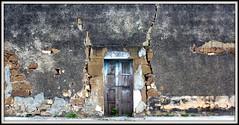 China, N.L. (Juan Antonio Garza Lozano) Tags: china trip travel viaje art wall facade mexico nikon decay textures nuevoleon fachada vacations monterrey texturas rgv garza travelphotography d80 chinanuevoleon juangarza