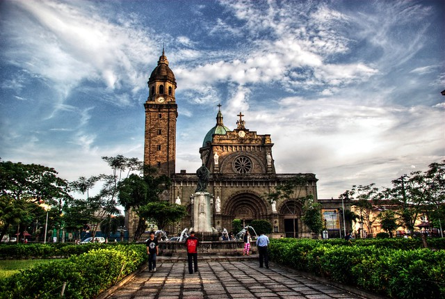 Manila Cathedral in HDR