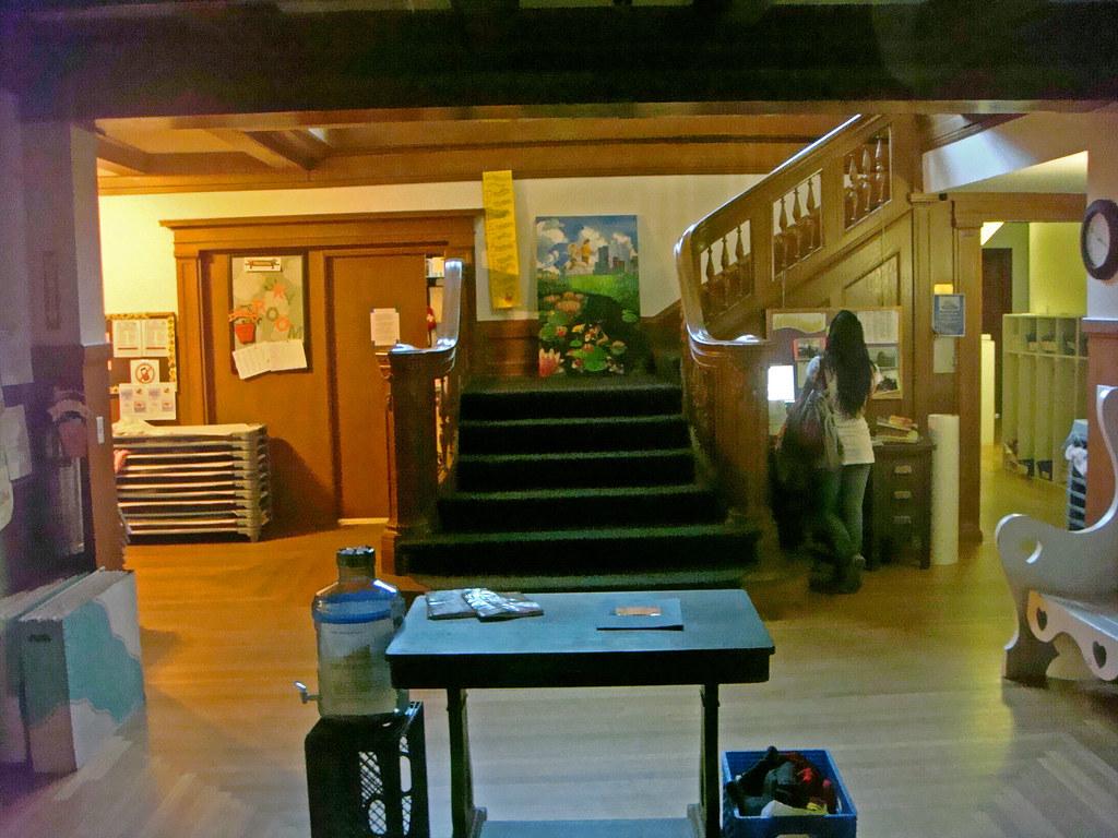 14f 17 Chester Pl - Lee W Foster Residence - Foyer (E)