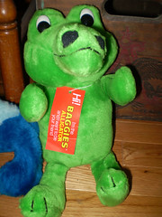 Old Baggies Stuffed Alligator Premium (gregg_koenig) Tags: old vintage stuffed alligator premium baggies