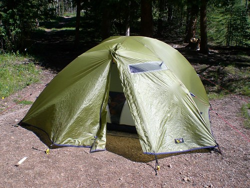 Cozy but a little small & A larger home away from home (Mountain Hardwear Habitat 5 review ...