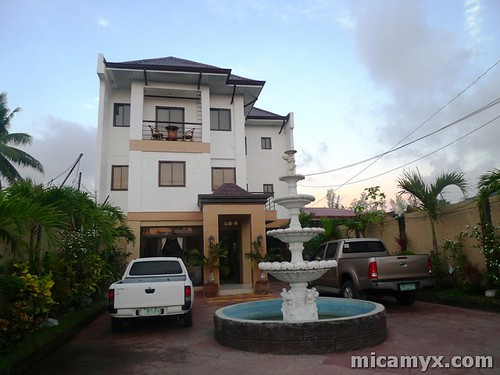 Islandia Hotel - Alaminos City