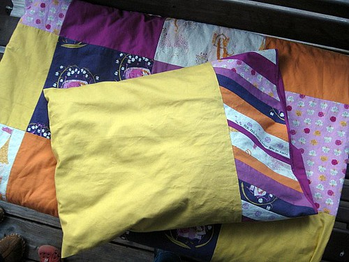 Isabella's Quilt & Pillowcase