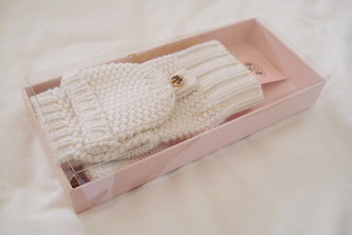 Juicy couture mittens