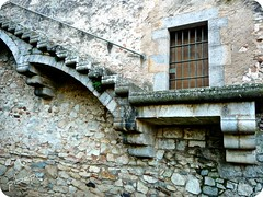 airosa escalera (pibepa) Tags: espaa wall stairs spain espanha stair girona panasonic escalera walls espagne muralla catalua spanien spagna gerona spanje iberia spania  hispania spagne hispanio   lumiztz5 pibepa lumix2010