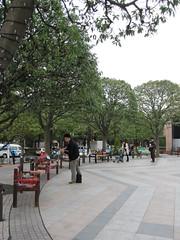 恵比寿ガーデンプレイス 時計広場 ベンチ