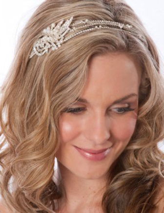 The Net 39s Most Beautiful Wedding Headbands Designed to Impress