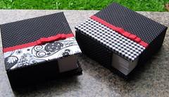 Porta-recados com Lacinho (Por Artes) Tags: artesanal tecido caixas cadernos portarecados couro encadernao