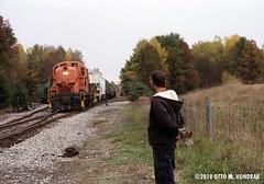 BKRR conductor and train at Greenwich Jct. Yard (ovondrak) Tags: newyorkstate alco bkrr battenkillrailroad