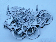 this morning... (Judy **) Tags: snow sneeuw bicycles fietsen 2010