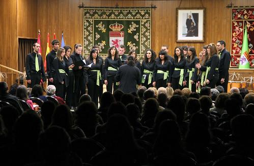 CONCIERTO DE NAVIDAD 2010 - JUVENTUDES MUSICALES-UNIVERSIDAD DE LEÓN