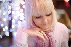 [フリー画像] 人物, 女性, 金髪・ブロンド, ロシア人, 201012220900