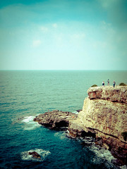 Santa Maria di Leuca (Choollus) Tags: blue sea sky italy cliff beach mediterranean mediterraneo italia mare blu horizon cielo puglia spiaggia orizzonte apulia leuca scoglio santamariadileuca the4elements