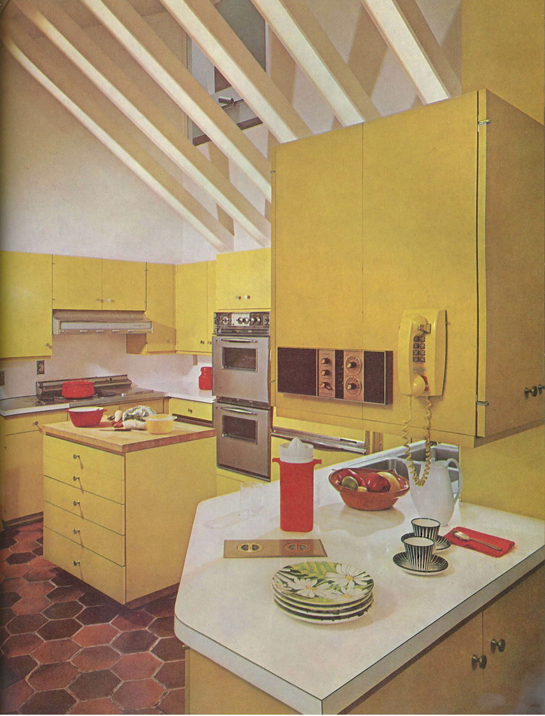 Yellow Kitchen!