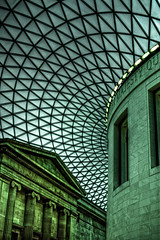 British Museum (Tim_Arai) Tags: london museum architecture voigtlander photoaday british britishmuseum hdr nokton 25mm f095 gf1 london2010