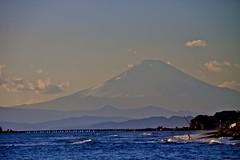 Mt. Fujii and Shichiri beach : Hokusai's image? (joka2000) Tags: ocean winter sky cloud mountain beach wave mtfuji