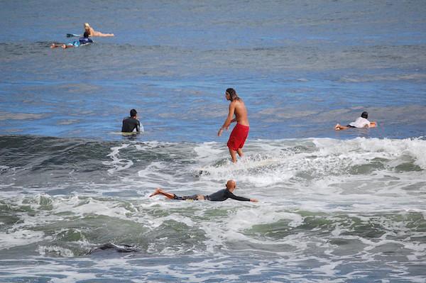 Honolii-3-Surfers