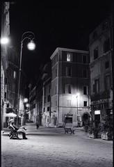 Piazze d'Italia (Livio De Mia) Tags: bw rome roma ilford monti