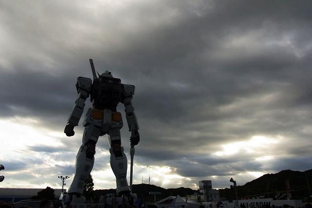 100925_162438_東静岡_ガンダム